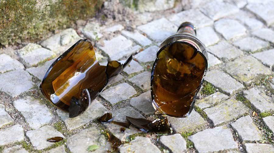 razbijena flaša