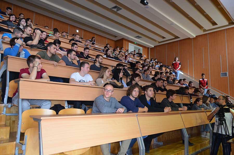 broj studenata