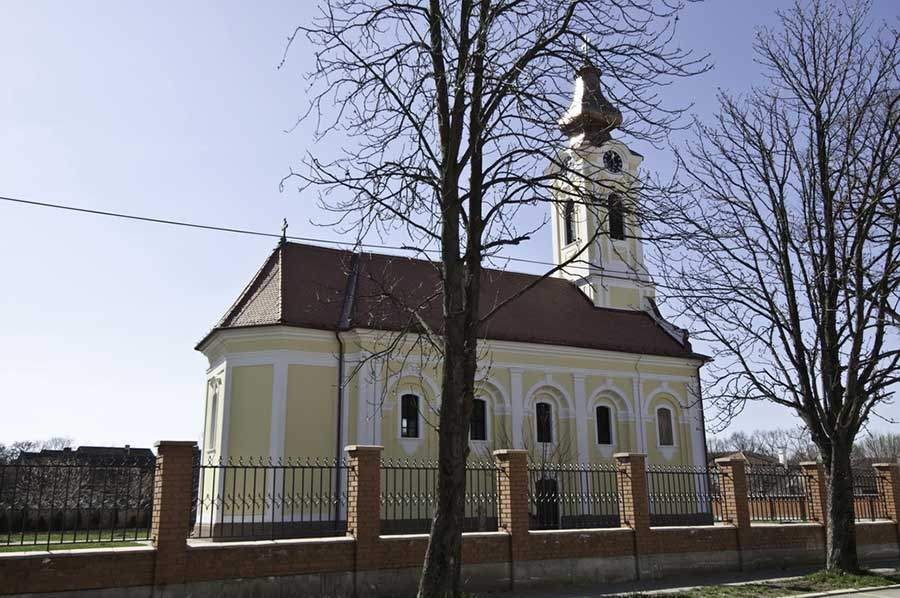 crkva novi becej