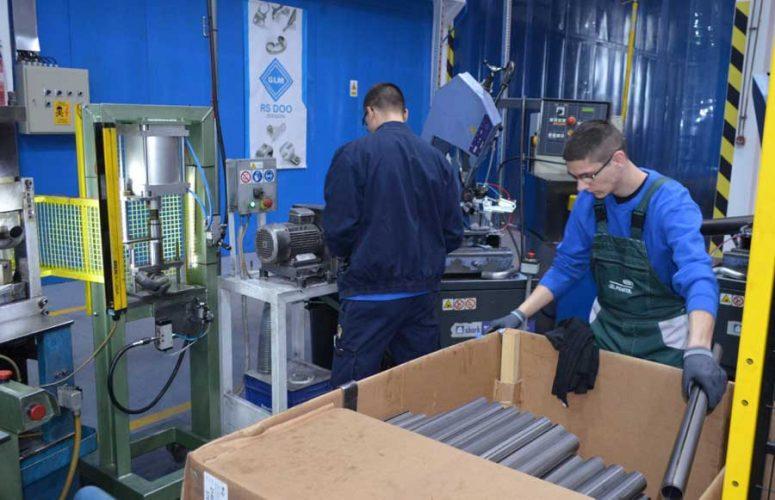 Pogoni jedne od novootvorenih fabrika