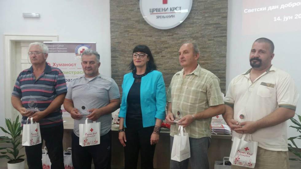 Nagrađeni dobrovoljni davaoci krvi