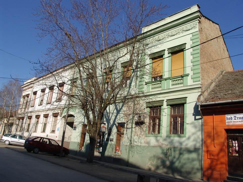 Najamna zgrada Johana Molnara
