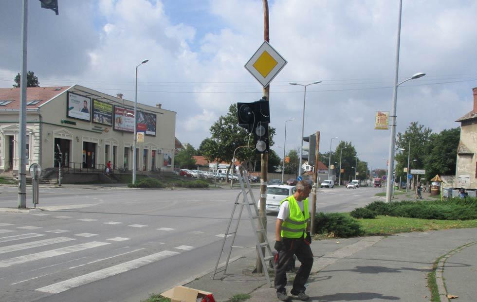 Zamena delova semafora