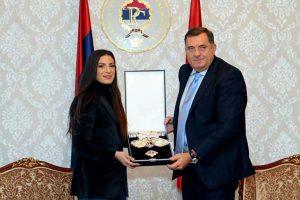 Milorad Dodik odlikovao Ivanu Španović