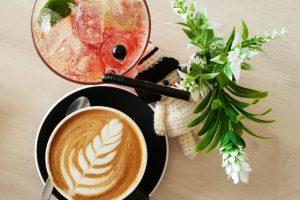 Veliki izbor čajeva i kafa