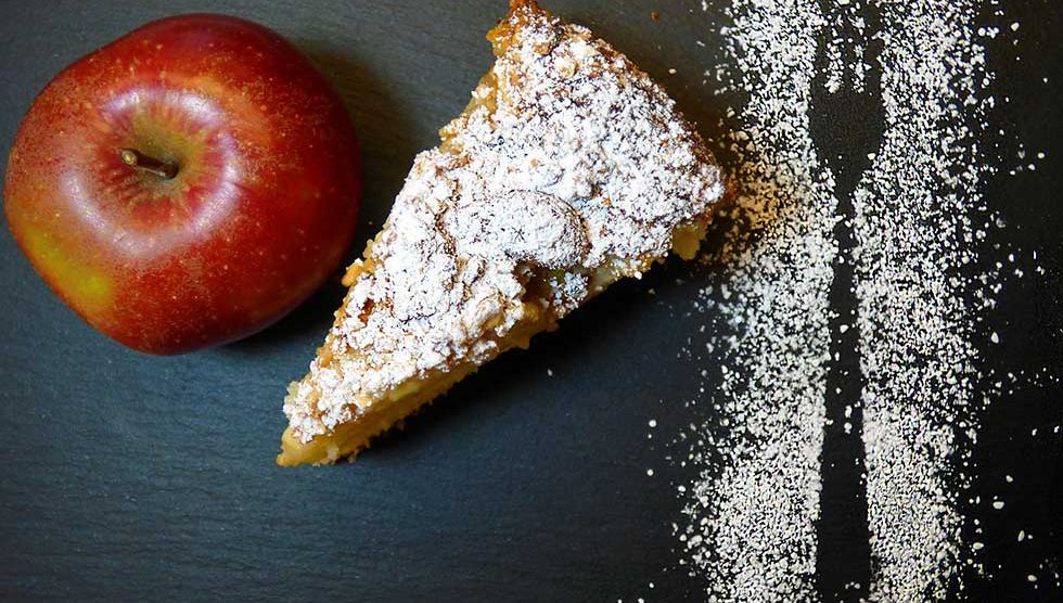 kolač od jabuka