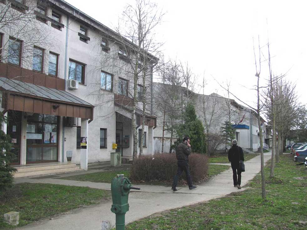 komunalni inspektor u opštini nova crnja