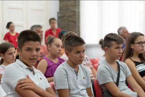 deca iz kosovskog pomoravlja