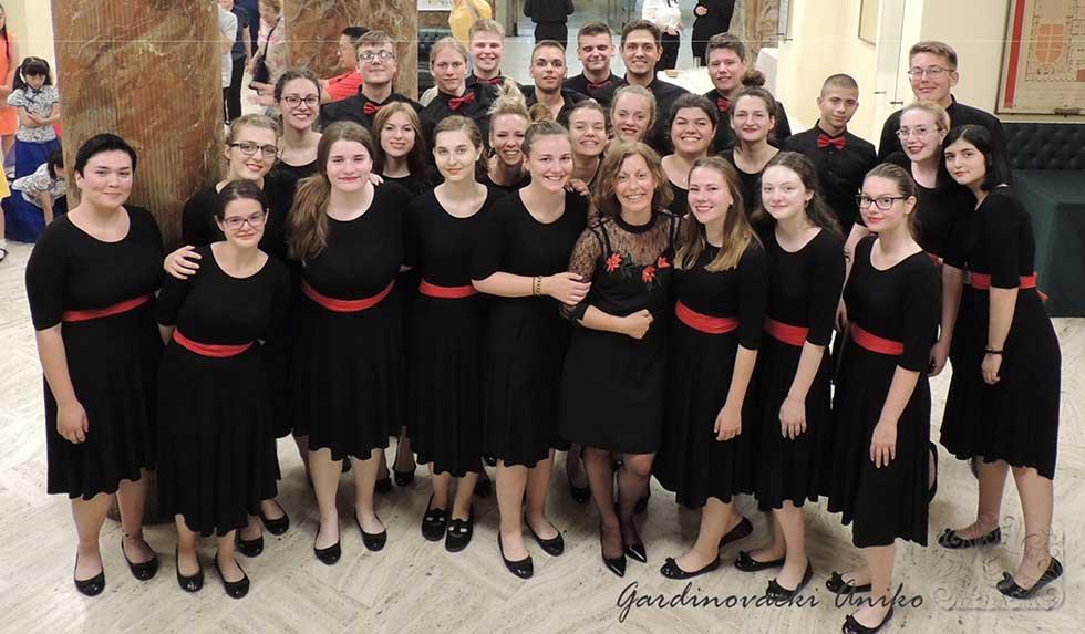 omladinski mešoviti hor muzičke škole