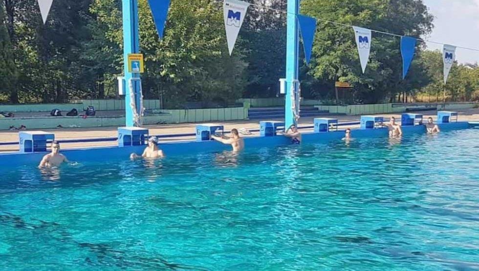 plivači proletera na terenu