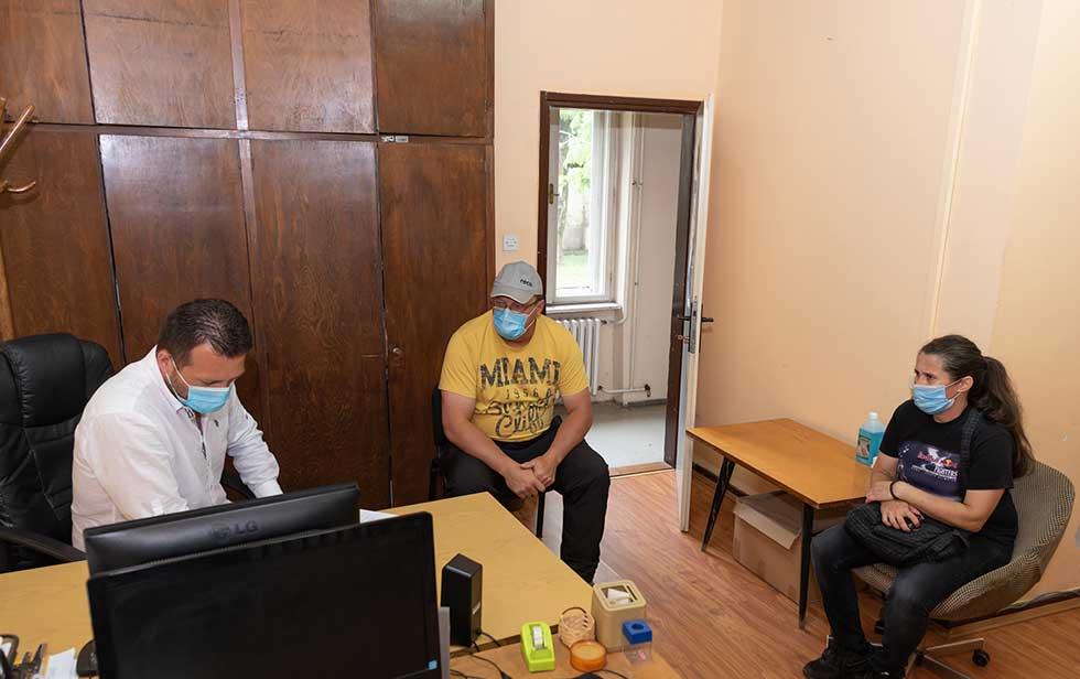 komesarijat za izbeglice i migracije dodelio montažne kuće