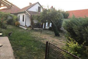 četvorosobna kuća u naselju šumica