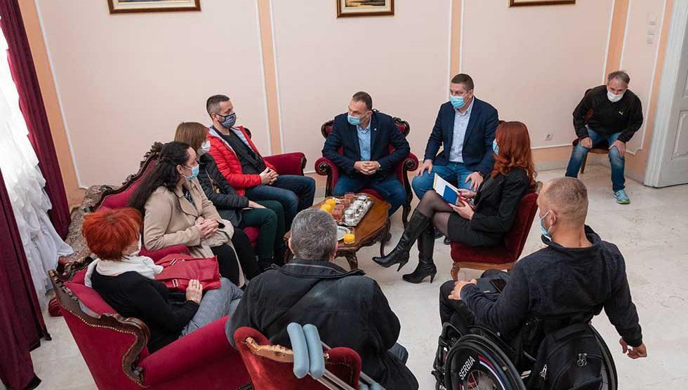 kancelarija za osobe sa invaliditetom