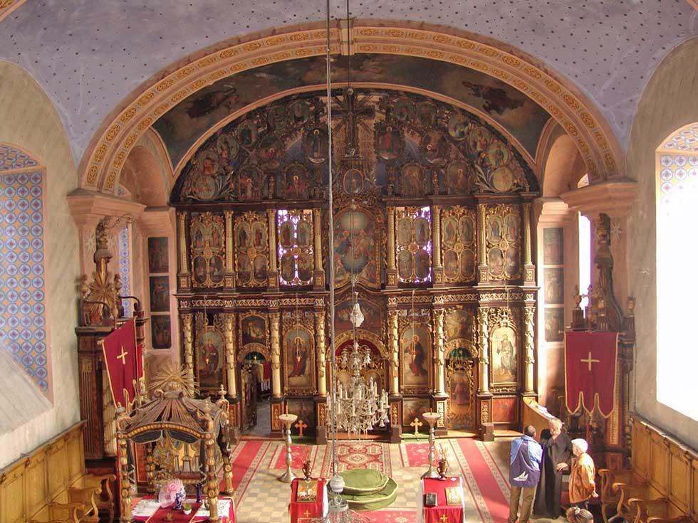crkva u čenti