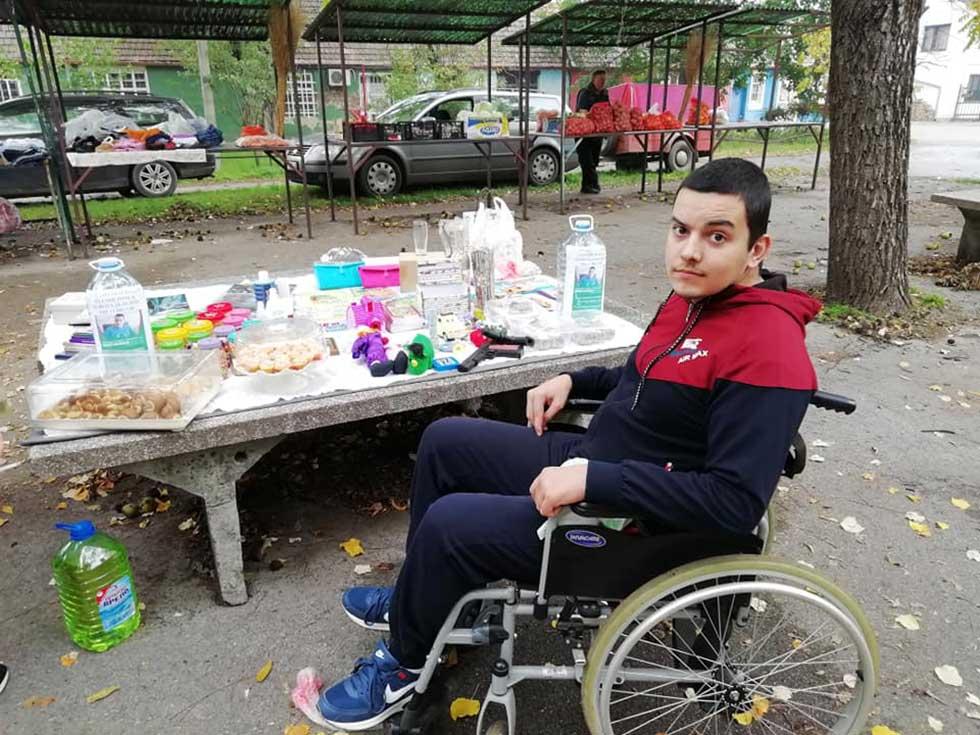 humanitarni bazar za pomoć zlatanu orsiću
