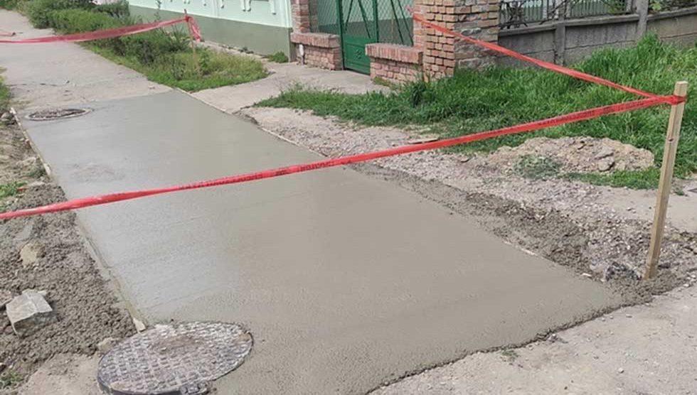 sanirani trotoari u ulici stevice jovanovića