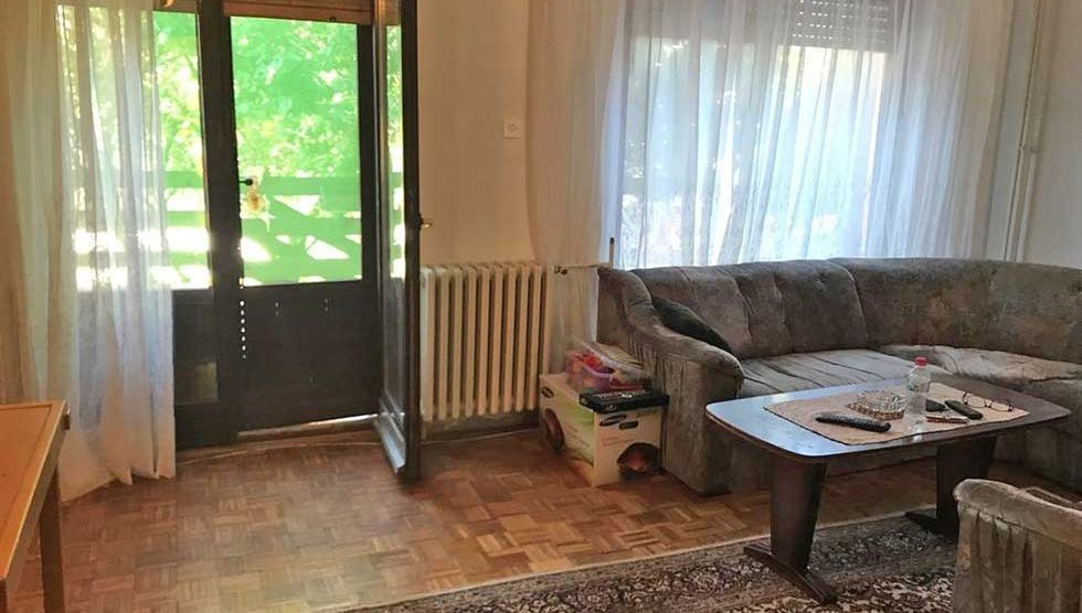četvorosobna kuća u naselju putnikovo